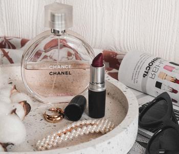 9 лучших ароматов женских духов